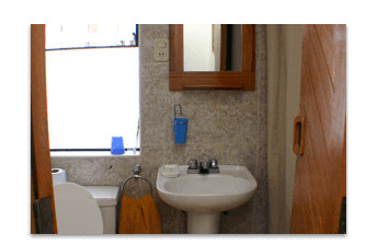 Accommodation - Student Residence in Cusco, bathroom