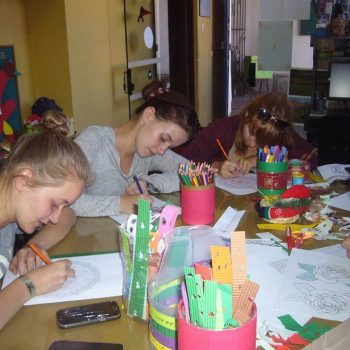 Students drawing, Peru