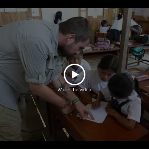 video LatinoSchools- Volunteering Programs-Children Projects